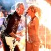 Grammy 2017: Encontro de Metallica e Lady Gaga é marcado por falhas técnicas e pulo na plateia