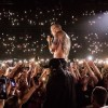 Linkin Park presta homenagem a Chester Bennington