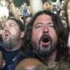 Dave Grohl curte show do Metallica no meio do público