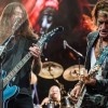 Foo Fighters toca 'Come Together', dos Beatles, com Liam Gallagher e Joe Perry; assista