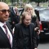 Malcolm Young, do AC/DC, é lembrado em funeral privado; confira fotos e vídeos