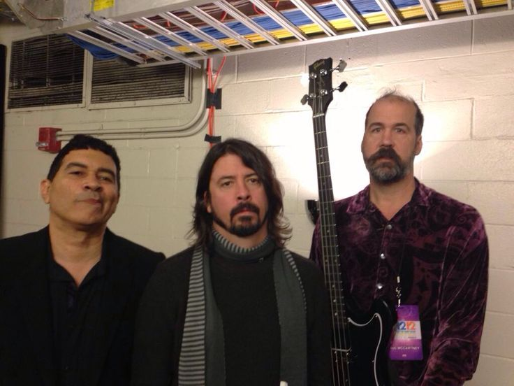 dave-grohl-foo-fighters-krist-novoselic