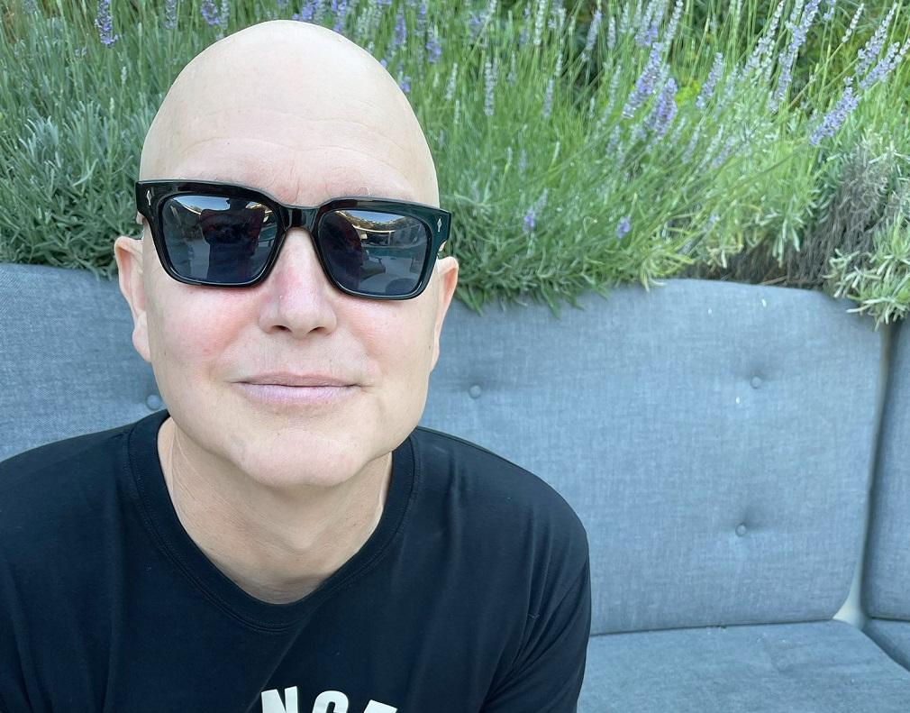 Mark Hoppus, do Blink-182, anuncia que está curado do câncer